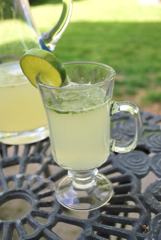 Egyptian Mint Limeade Drink